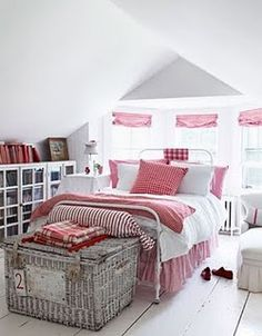 Love an all white with a splash of color.  You can then change the linens to grey or blue for a new look.