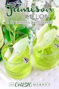 The Jameson Melon /// A St. Patrick's Day Cocktail A refreshing drink to celebrate any day of the year! patricks day cocktails The Jameson Melon /// A St. Patrick's Day Cocktail - The Cottage Market Jameson Cocktails, St Patrick's Day Cocktails, Healthy Cocktails, Green Cocktails, Midori Melon, St Patricks Day Drinks, Jameson Irish Whiskey, Cocktail Ingredients, Cocktails