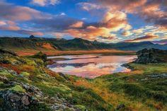 La vida está llena de contradicciones en ti está el equilibrarte // #amanecer #sunrise #islandia #iceland #glaciar #glacier #volcan #volcano #paisaje #landscape // Fot.: Daniel Herr