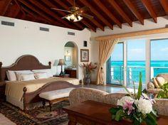 STARGAZER - BEACHFRONT VILLA - Providenciales, Turks and Caicos Islands