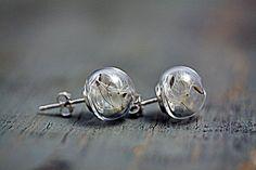 Pendientes de plata esterlina y dientes de león de Villa sorgenfrei - exclusiva joyería hecha a mano con flores y mucho más. por DaWanda.com