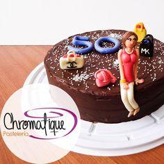 Fashion cake (Torta de moda) https://www.facebook.com/ChromatiquePasteleria