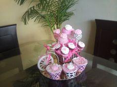 Bicicleta , pop cakes y cup cakes