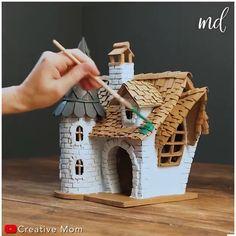 Diy Crafts Hacks, Diy Home Crafts, Creative Crafts, Fun Crafts, Fairy House Crafts, Clay Fairy House, Fairy Houses, Cardboard Crafts, Cardboard Houses