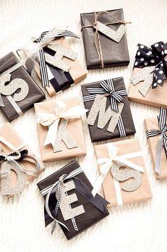 regalos-de-navidad-papel-embalar-con-Iniciales-con-purpurina