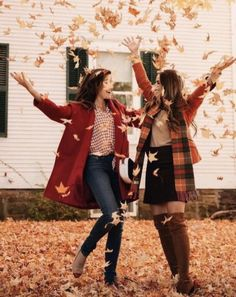 33 Trendy Photography Ideas For Sisters Photoshoot Bff Pics Bff Pics, Photos Bff, Sister Pics, Sister Pictures, Fall Pictures, Fall Photos, Fall Pics, Cute Bff Pictures, Best Friend Pictures