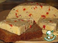 """Домашний твердый сыр с пе Ингредиенты для """"Домашний твердый сыр с перчиком и укропом"""": Молоко (пастеризованное) — 2 л Простокваша — 500 мл Яйцо куриное — 4 шт Соль (я кладу чуть меньше ) — 1 ч. л. Перец сладкий (по желанию, количество на свой вкус) Укроп (по желанию, свежий, на свой вкус)рчиком и укропом"""