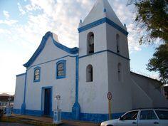 Roteiros Turísticos: Igreja Matriz de Cananéia. Igreja João Batista de Cananéia.  Praça Martim Afonso de Souza s/nº - CEP: 11990000 - Bairro: Centro - Cidade Cananéia/São Paulo.