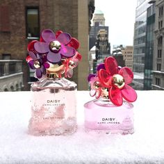 This season treat yourself to a delectable spring experience. The limited-edition Marc Jacobs Daisy Sorbet is a lovely blooming bouquet that blends a rich floralcy with smooth sensuality. The fragrance is a bright, whimsical interpretation of the original with a creamy undercurrent of pure, unadulterated delight. The bottle reflects the joy of spring; the iconic tactile daisies deck the cap in spring colors that balance the soft, lilac-tinted juice. #Sephora #Fragrance