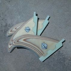 Strong bonzer plywood central fins quillas. 100% handmade by Neyrafins.  www.neyracustomshop.com