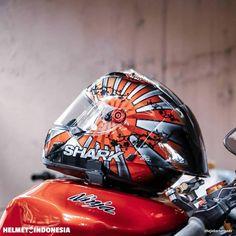 "Helmet Indonesia®️ on Instagram: "". Sudah berapa banyak Intercom yang kalian beli? . --- Titip-Jual Helm @hlids Merchandise @hlmtidncatalog . --- #helmetindonesia."" Rising Sun, Helmets, Sunrise, Motorcycle, Culture, Instagram, Accessories, Hard Hats, Motorcycle Helmet"