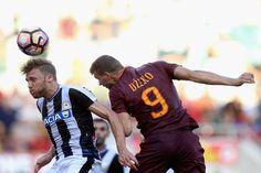 Τα φαβορί οδηγούν τις προτάσεις στοιχήματος Soccer Ball, Sports, Fashion, Rome, Italia, Hs Sports, Moda, Fashion Styles, European Football