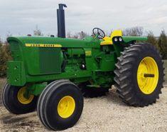 John Deere 4620 Tractor Diagnostic and Service Repair Technical Manual Antique Tractors, Vintage Tractors, Vintage Farm, Old John Deere Tractors, Jd Tractors, John Deere Equipment, Heavy Equipment, Logging Equipment, Tractor Implements