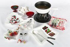 Una gran idea para las tardes de diciembre. Un fondue con masmelos, frutas y grageas para decorar.