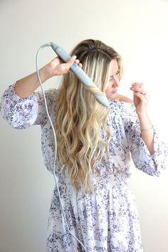 A Fashion Love Affair | Wavy Hair Tutorial with Flat Iron