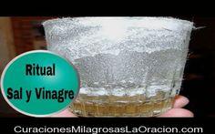 """Ritual de la Sal y el Vinagre."""" Eliminar energías negativas """" La sal y el vinagre son ingredientes míticos utilizados desde tiempos remotos en la Alquimi"""