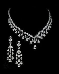 Diamond Necklace Set, Diamond Bracelets, Diamond Jewelry, Diamond Choker, Dimond Necklace, Jewelry Stores, Jewelry Sets, Fine Jewelry, Jewellery Box
