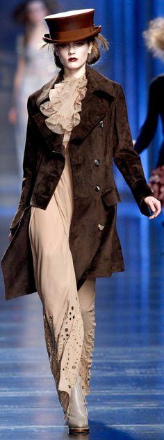 """╬ Fashion Week Paris : Défilé """"DIOR"""" Fashion Show 2010/2011                                                                                                                                                                                 Plus"""