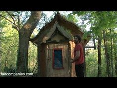 Art of living in a Dordogne's tiny mud home with living roof