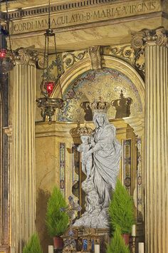 Basilique Notre Dame des Victoires , place des petits pères - Paris 2