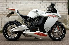 KTM RC8...Dig the bike, but not the color.  Suddenly reminded of Tekken 2 graphics. Ktm Street Bike, Motorcycle Bike, Motorbike Photos, Ktm Rc8, Ktm Motorcycles, Sportbikes, Hot Bikes, Bike Life, Custom Bikes
