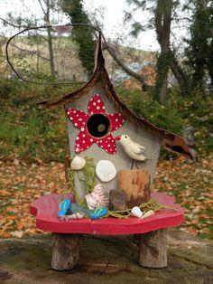 Starfish beach Birdhouse by papajonsflyinns on Etsy, $36.00