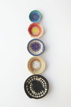 These woven bowls are really cool. DIY instructions given in post, but I think I'd need to see it done in person or in video.