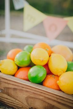 Cooking App, Fruit Picture, Oranges And Lemons, Delicious Fruit, Lemon Lime, Red Apple, Fruits And Veggies, Green And Orange, Fresh Fruit