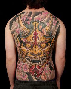 Japanese Mask Tattoo, Japanese Tattoo Designs, Japanese Sleeve Tattoos, Hannya Mask Tattoo, Medusa Tattoo, Guru Tattoo, Tattoo Trends, Back Piece Tattoo, Back Tattoo