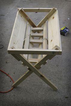 How to make a manger http://graphicdesignhero.com/blog/2009/01/20/how-to-build-a-christmas-manger/#