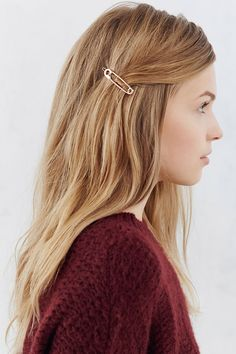 Shop Safety Pin Bobby Pin Set at Urban Outfitters today. We carry all the latest styles, colors and brands for you to choose from right here.