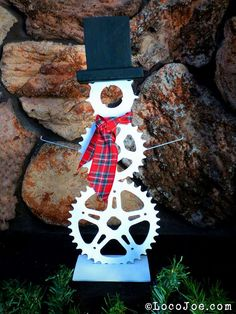 Bicycle sprocket and spoke snowman.