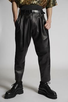 Dynamic Look Genuine Black Leather Pleat Fight Pants for Men Mens Leather Pants, Men Pants, Thing 1, Dsquared2, Parachute Pants, Ideias Fashion, Black Leather, Shorts, Shopping