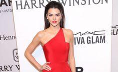 Kendall Jenner Red Dress Before Ball Wallpaper - HD Wallpapers - Free Wallpapers - Desktop Backgrounds