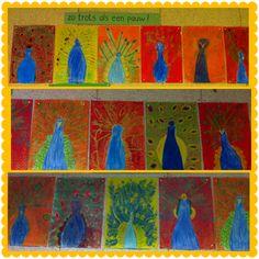 Zo trots als een Pauw De leerlingen tekenen met wasco een Pauw. Later wordt er overheen gegaan met ecoline, zodat de achtergrond gekleurd wordt.