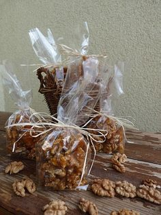 Diy Christmas Gifts, Cereal, Stuffed Mushrooms, Food And Drink, Presents, Place Card Holders, Baking, Vegetables, Breakfast