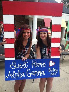 Sweet Home Alpha Gamma #AlphaGammaDelta #AlphaGam #BidDay #America #PhotoOp #sorority