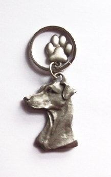 Doberman keyring with cute paw charm - ideal gifts. Made from pewter. Doberman stamped on back, also dog paws.