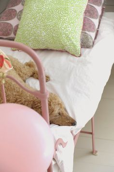 P ö m p e l i pompeli vintage style girl room, mint green, pale pink and natural tones,  antique furnitures, old rose iron bed, miniature poodle, marimekko,