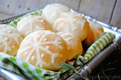 i should be mopping the floor: Snowflake Rolls