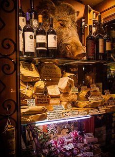 wine/cheese shop-Orvieto, Italy