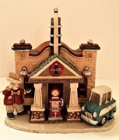 "✅ Kurt S. Adler 1997 Coca-Cola Brand Christmas Village GAS STATION lighted house. 9½"" Tall x 9"" Wide x 6"" Deep. Distributed by Kurt S. Adler, Inc. ~ eBay: ide312011/Tracy Ide P40+18.52 Apr '17. (Dec 2016 on eBay SOLD $103 + $19 SH)."