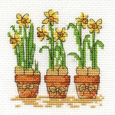 DMC Daffodils chart free chart Friday!
