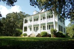 Birthplace of Thomas Lynch Jr., signer of the Declaration of Independence, this Lowcountry plantation was built in 1740. Tours of the house and grounds are offered. Visit Georgetown, SC.