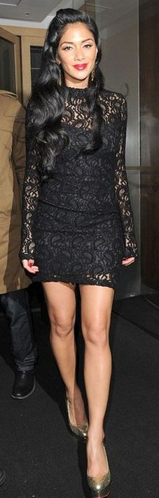 Who made Nicole Scherzinger's black lace long sleeve dress and gold pumps? Dress – Topshop  Shoes – Charlotte Olympia