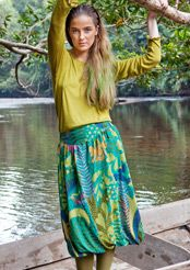 Liz Blair's art and fashion: Beautiful, Colorful clothing from Gudrun Sjoden