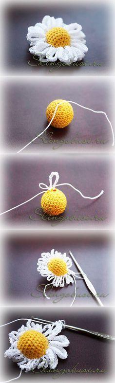 Crochet daisies with high relief core _ PAP Appliques Au Crochet, Crochet Motifs, Crochet Flower Patterns, Crochet Designs, Crochet Stitches, Scarf Crochet, Crochet Daisy, Mode Crochet, Crochet Leaves