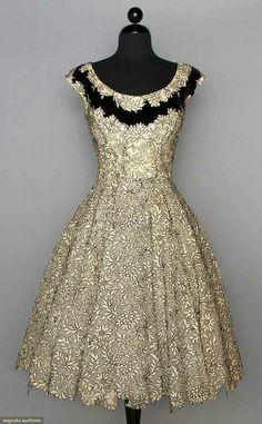 Robe de soirée à cordes, ca. 1955 Elisabeth Arden