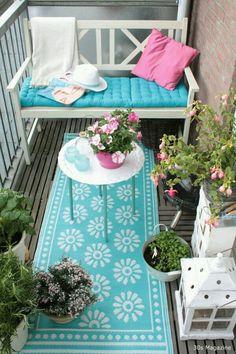 Diy Apartment Patio Decor Tiny Balcony 61 Ideas For 2019 Small Balcony Design, Tiny Balcony, Porch And Balcony, Small Balcony Decor, Balcony Ideas, Patio Ideas, Small Patio, Small Balconies, Small Terrace