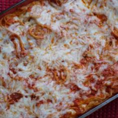 Baked Spaghetti (Easy Freezer Meal to Bring to Others) - Carolina Charm Pumpkin Dip, Canned Pumpkin, Pumpkin Bread, Vegetarian Cake, Vegetarian Cheese, Roasted Broccolini, How To Clean Silver, Easy Freezer Meals, Staircase Makeover